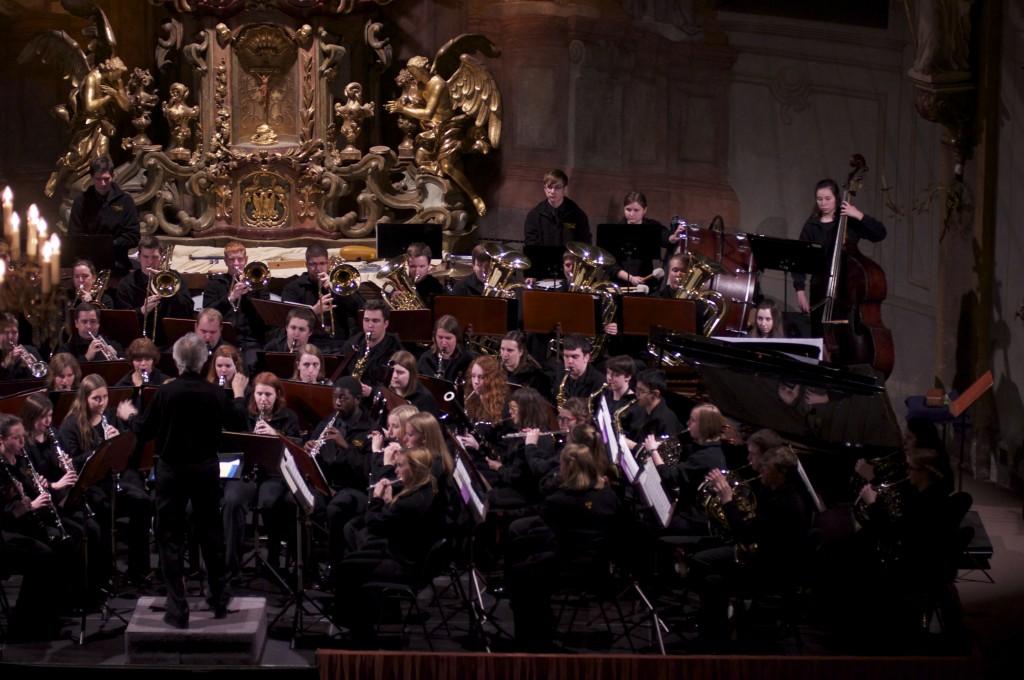 Concert I, stage left